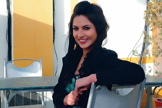 Nisha adhikari biography profile married and movies for Nisha bano husband name